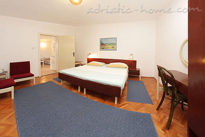 Apartments SILVANA-APP 2+2, Makarska, Croatia - photo 10