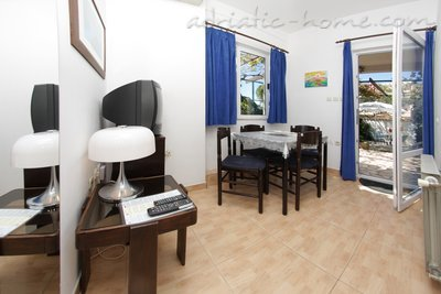 Apartments SILVANA-APP 4+1, Makarska, Croatia - photo 5