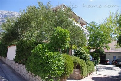 Apartments SILVANA-APP 4+1, Makarska, Croatia - photo 1