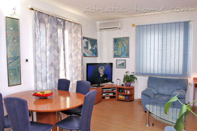 Apartments SILVANA-APP 6+1, Makarska, Croatia - photo 3