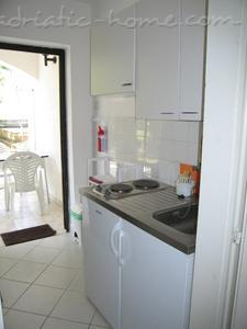 Studio apartment ZANELLA***  PUNAT, Krk, Croatia - photo 4