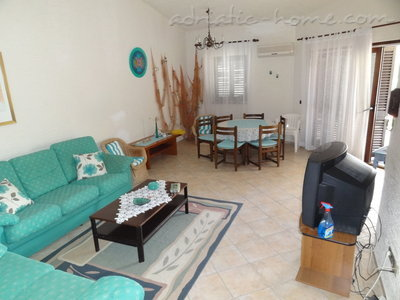 Appartamenti Apartmans with see view (A2), Pag, Croazia - foto 6