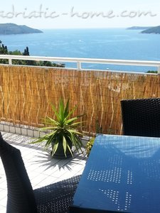Ferienwohnungen Herceg Novi -Top floor two bedroom apartment with huge terrace and panoramic sea view, Herceg Novi, Montenegro - Foto 2