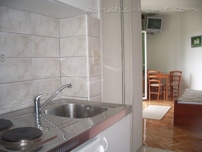 Studio apartment Šarić, Baška Voda, Croatia - photo 10