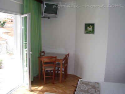 Studio apartment Šarić, Baška Voda, Croatia - photo 6