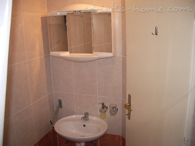 Studio apartment Šarić III, Baška Voda, Croatia - photo 10
