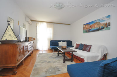 Apartments KRALJEVSKA VILA-MILANO LUX, Budva, Montenegro - photo 1