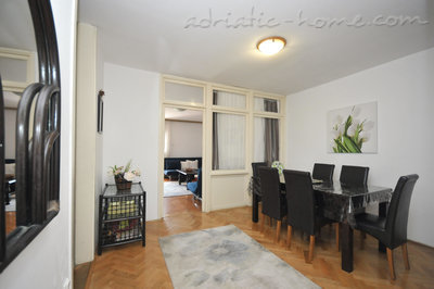 Apartments KRALJEVSKA VILA-MILANO LUX, Budva, Montenegro - photo 3