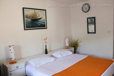 Studio apartment NR  Lux ****  , Sveti Stefan, Montenegro - photo 3