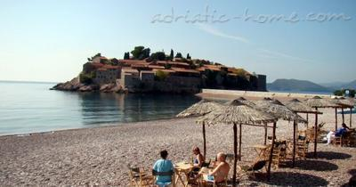 Appartementen Two-Bedroom Apartment with Terrace NR Lux ****, Sveti Stefan, Montenegro - foto 12