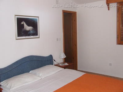 Apartments Comfort with Two-Bedroom, Sea View  NR Lux  ****, Sveti Stefan, Montenegro - photo 3