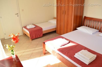 Apartments Family sun, Herceg Novi, Montenegro - photo 8