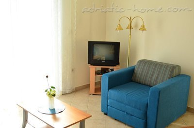Apartments Family sun, Herceg Novi, Montenegro - photo 7