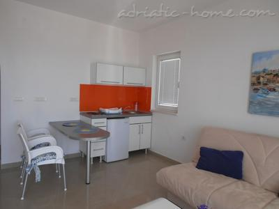 Apartment VILLA  MARIANDJELA, Herceg Novi, Montenegro - photo 6