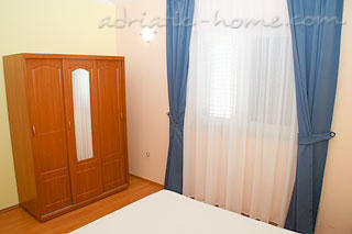 Apartment Villa 2, Rogoznica, Croatia - photo 4