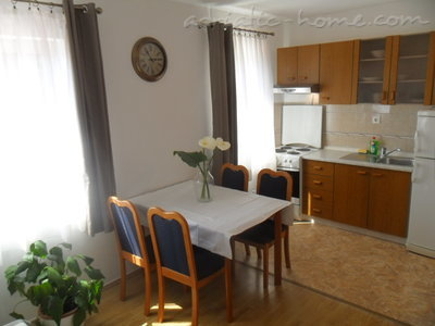 Apartments Pecotić II, Korčula, Croatia - photo 2