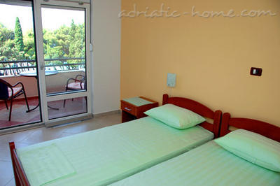 Apartmanok Private accommodation NEPTUN, Bar, Montenegro - fénykép 4