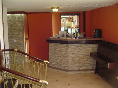 Camere Private accommodation NEPTUN, Bar, Montenegro - foto 10