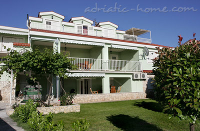 Apartments DUBRAVKA 1A, Trogir, Croatia - photo 8
