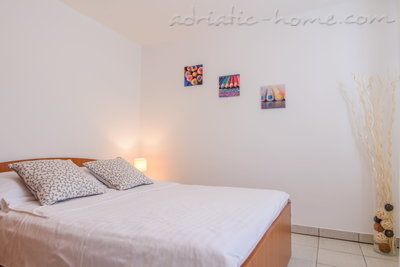 Apartments DUBRAVKA 1A, Trogir, Croatia - photo 6