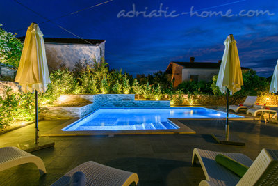 Apartments DUBRAVKA 1A, Trogir, Croatia - photo 12