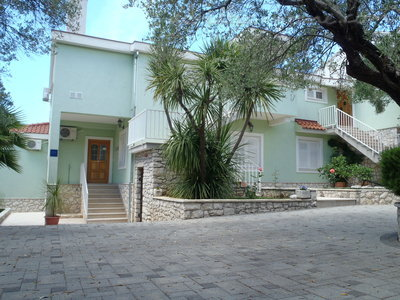 Apartments DUBRAVKA 2A★★★★, Trogir, Croatia - photo 8