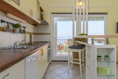 Apartments DUBRAVKA 1B, Trogir, Croatia - photo 2