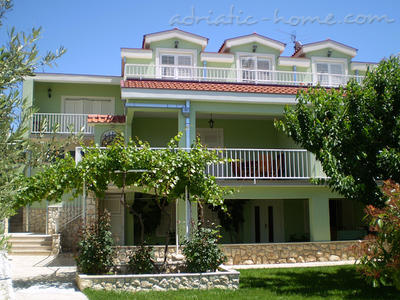 Apartments DUBRAVKA 2B, Trogir, Croatia - photo 5