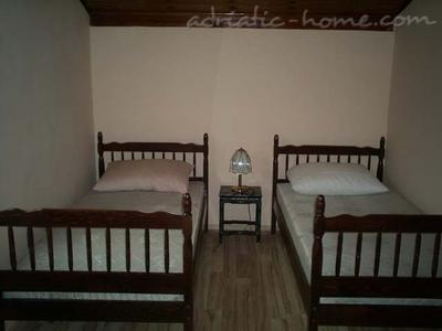Apartments JEREMIC ****, Budva, Montenegro - photo 6