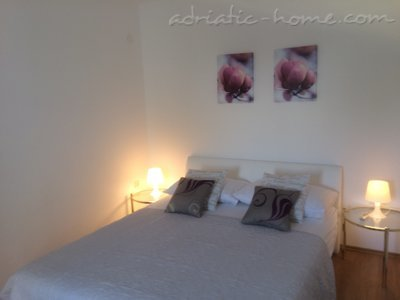Apartments Villa Amelia II, Vodice, Croatia - photo 8