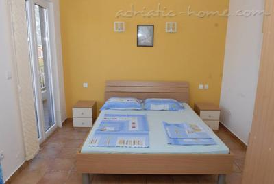 Studio apartment IVANOVIĆ , Kotor, Montenegro - photo 3