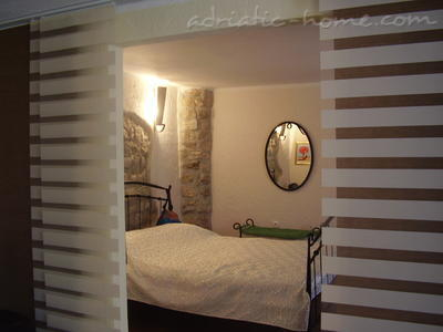 Apartments Kapetanovic A2-Luxury, Krk, Croatia - photo 1