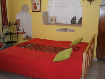 Apartments Kapetanovic B2, Krk, Croatia - photo 5