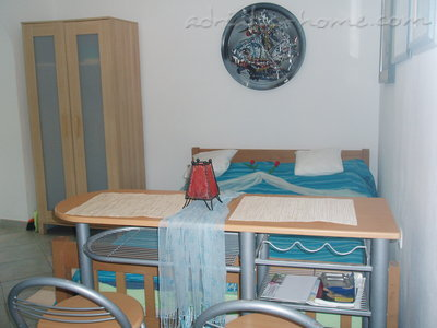 Studio apartment Kapetanovic - centre, Krk, Croatia - photo 6