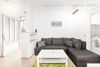 Apartments PEAN IV, Tivat, Montenegro - photo 6