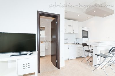 Apartments PEAN IV, Tivat, Montenegro - photo 2