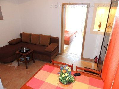 Apartments Orange Dalmatia, Pisak, Croatia - photo 4