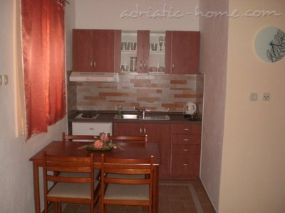 Apartments Orange Dalmatia, Pisak, Croatia - photo 6