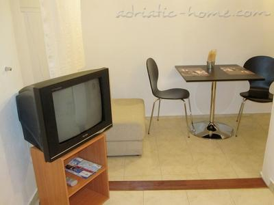 Studio apartment NENO, Split, Croatia - photo 2