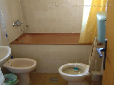 Apartments Orjen, Villa Maini, Budva, Montenegro - photo 4