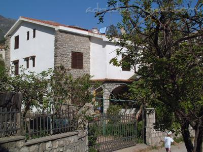 Apartments Orjen, Villa Maini, Budva, Montenegro - photo 8