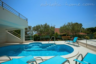 Studio apartment Brela-relax (2+1), Brela, Croatia - photo 1