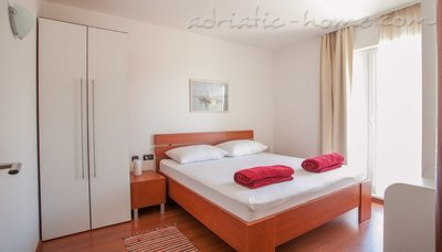 Apartments Brela-relax (4+2), Brela, Croatia - photo 4