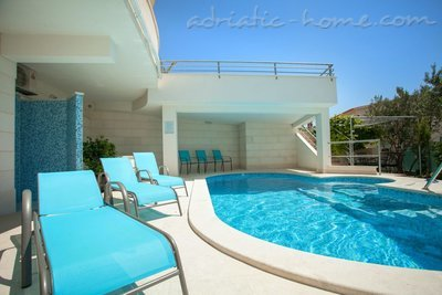 Apartments Brela-relax (4+2), Brela, Croatia - photo 2