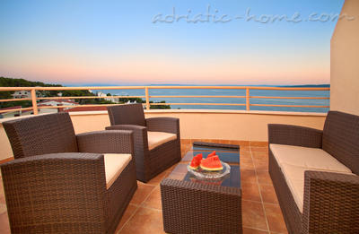 Apartments Brela-relax (4+2), Brela, Croatia - photo 3