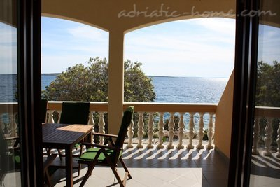 Apartment Iris II, Pag, Croatia - photo 2