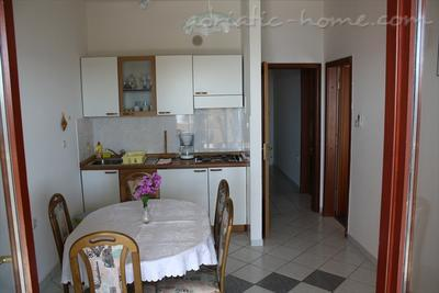 Apartment Iris II, Pag, Croatia - photo 4