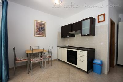 Appartements Bilis 2 , Korčula, Croatie - photo 11
