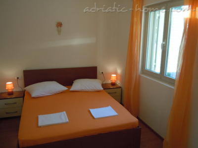 Apartments Tri sestrice - Orange, Hvar, Croatia - photo 6