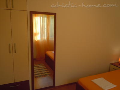 Apartments Tri sestrice - Orange, Hvar, Croatia - photo 7